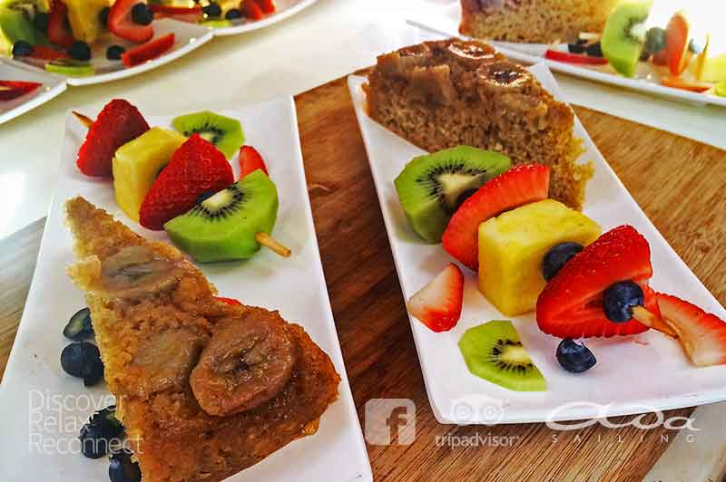 Fruit and homemade bread